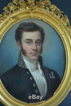 Beau Tableau ancien Pastel Portrait Jeune homme Costume Prud'hon 1er Empire Oval