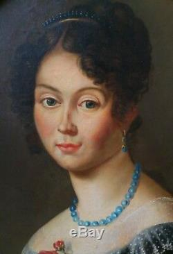 Portrait Femme Élégante École Française vers 1820. Huile s/ toile / format ovale