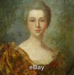 Portrait de femme Ecole française Huile sur Toile du XIXème siècle