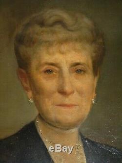 Portrait de femme signé EMMANUEL FOUGERAT 1944 Huile sur toile HST XXème siècle