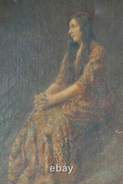 Tableau Ancien Huile Portrait Femme Paysage signé à restaurer 73 x 60 cms
